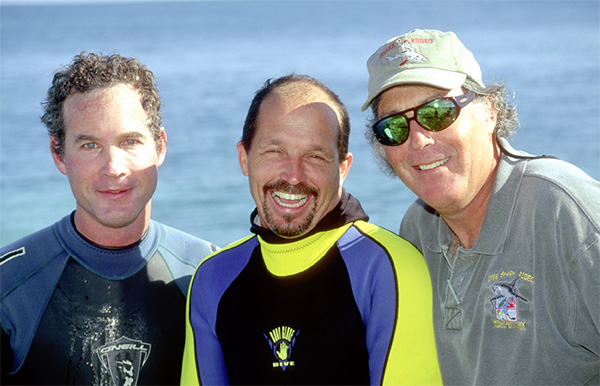 Shark experts at Walkers Cay: Jeremy Stafford-Deitsch, Erich Ritter and Gary Adkison - photo by John Bantin